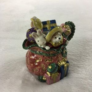 Fitz And Floyd Christmas Bunny Gifts Creamer 1997